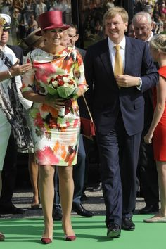 12 september 2014. Tijdens een streekbezoek aan de Kop van Noord-Holland draagt Koningin Maxima een wel heel speciale jurk. De jurk was namelijk ontworpen door de 10-jarige Luna uit Amsterdam. Luna heeft leukemie en hiermee ging voor haar een hele grote wens in vervulling. De jurk werd in december 2013 met behulp van Make a Wish foundation en couturier Edouard Vermeulen van modhuis NATAN ontworpen.