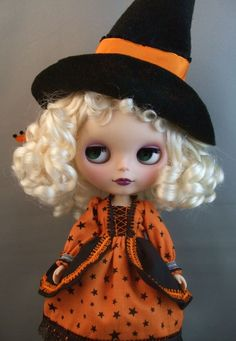 Blythe Witch Outfit in Orange and Black