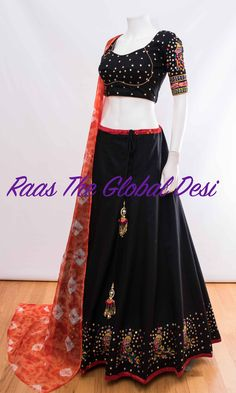 CHANIYA CHOLI 2018 Silk Chania with designer brocade blouse and contrast dupatta Indian Fashion Dresses, Indian Gowns Dresses, Indian Designer Outfits, Indian Outfits, Designer Dresses, Pakistani Dresses, Skirt Fashion, Choli Designs, Lehenga Designs