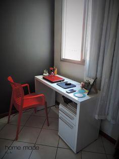 Finalmente o home office ficou pronto! E com a pintura nova da parede está muito mais bonito! Não sabe pintar parede? Vem aprender aqui no blog!