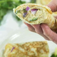 These Almond Flour Tortillas are super soft pliable wraps great for tacos, burritos, sandwich wraps and so much more. Raw Tortillas Recipe, Almond Flour Tortilla Recipe, Coconut Flour Tortillas, Gluten Free Tortillas, Almond Flour Recipes, Low Carb Tortillas, Homemade Tortillas, Cauliflower Tortillas, Carbs In Almond Flour