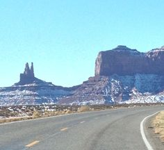 Monument valley in the snow....so beautiful!