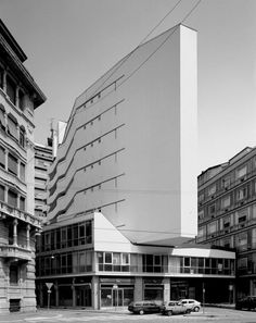 Luigi Moretti - Corso Italia Complex, Milan Via. Classic Architecture, Amazing Architecture, Contemporary Architecture, Architecture Details, Interior Architecture, Luigi, Modern Buildings, Beautiful Buildings, Interesting Buildings