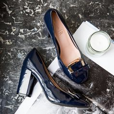 We love these navy heels - perfect with a pair of jeans and a white shirt!  Heels ref. 350021402