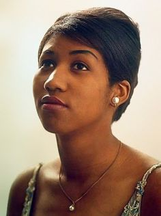 Aretha Franklin - real queen of soul- <3 the look of innocence!