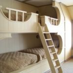 Eclectic Bedroom Photos Design, Pictures, Remodel, Decor and Ideas - page 3 Bunk Beds Built In, Cool Bunk Beds, Kids Bunk Beds, Bunk Rooms, Bunk Bed Designs, Funky Home Decor, Bedroom Photos, Awesome Bedrooms, Small Spaces