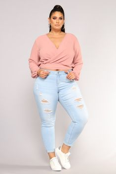 66 Cute Spring Outfits 2019 for Plus Size Women springplussizeoutfits plussize&; 66 Cute Spring Outfits 2019 for Plus Size Women springplussizeoutfits plussize&; goucha gouchi ggouchi Kurvige outfits 66 Cute Spring Outfits […] outfit for plus size Casual Plus Size Outfits, Curvy Girl Outfits, Plus Size Casual, Plus Size Summer Tops, Plus Size Teen, Looks Plus Size, Look Plus, Plus Size Fashion For Women, Plus Size Womens Clothing