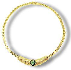 #Smaragd-Collier in 750er Gelbgold mit 2,985 ct #Smaragd, 1,976 ct #Diamant Gelbgoldhalsband mit großem ovalen Smaragd von ca. 2,99 ct. und knapp 2 ct. Diamanten. Diese Halskettebesteht aus einer Gliederkette mit Ziegelmuster, das glänzend poliert ist und sich dem Hals seiner Trägerin sehr angenehm anschmiegt.  http://schmuck-boerse.com/halsschmuck/9/detail.htm http://schmuck-boerse.com/index-gold-halsschmuck.htm