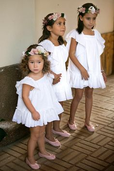 Planes de boda - Así fue la ceremonia Baby Wedding, Wedding With Kids, Little Girl Dresses, Flower Girl Dresses, Flower Girls, Bohemian Bride, Beautiful Children, Bridal Dresses, Marie