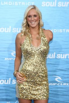 """Bethany Hamilton Photos - Professional surfer Bethany Hamilton attends the premiere of TriStar Pictures' """"Soul Surfer"""" at the Arclight Cinerama Dome on March 2011 in Hollywood, California. - Premiere Of TriStar Pictures' """"Soul Surfer"""" - Red Carpet Bethany Hamilton, Soul Surfer, We Are The World, Surf Girls, Prom Dresses, Formal Dresses, Celebs, Celebrities, Facon"""
