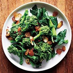 Broccoli Rabe with Garlic and Golden Raisins Recipe | CookingLight.com