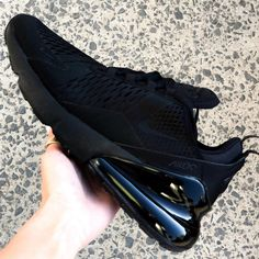 Super stylish and one of the most iconic sneakers of the year, we have a look in detail at the new Nike Air Max 270 Triple Black shoe. All Black Nikes, Black Nike Sneakers, Sneakers Mode, Air Max Sneakers, Sneakers Fashion, All Black Nike Trainers, Nike Shoes Men, All Black Nike Shoes, Gucci Sneakers