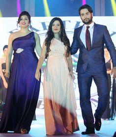 Amy Billimoria (middle) with Vivan Dsena and Vahhbiz Dorabjee at Gitanjali Bollywood Night. #Style #Bollywood #Fashion #Handsome #Beauty