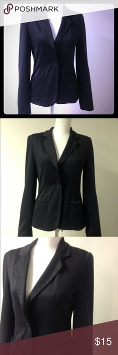 🇦🇺Cotton On Australia women black blazer The Australian brand Cotton on made this beautiful and comfortable black blazer to keep you warm and stylish at the same time. Is so soft! Super comfortable. Cotton On Jackets & Coats Blazers