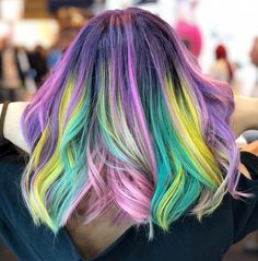 """1,424 Me gusta, 75 comentarios - Los Angeles Hairstylist/Color (@alexisbutterflyloft) en Instagram: """"Guess the root color... @hairbykaseyoh and I formulated it. The rest of the colors are an easier…"""" #hair #haircolor #hairideas #hairinspiration #hairstyle"""