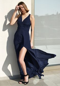 A dark blue maxi dress is a perfect choise for a gala evening, bridal party or baptism. Explore all evening dresses in Stylati Spring / Summer collection Black Flare Skirt, Latest Summer Fashion, Polka Dot Crop Tops, Paisley Print Dress, Valentino Dress, Column Dress, Romantic Outfit, Blue Maxi, Viscose Fabric