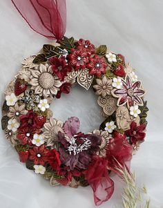 Air Dry Clay, Christmas Wreaths, Floral Wreath, Ceramics, Holiday Decor, Flowers, Handmade, Home Decor, Ceramics Projects