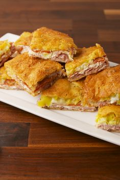 Antipasto Squares Are Unbelievably Addicting Antipasto Squares . using crescent rolls to create these sandwiches . Hot Appetizers, Italian Appetizers, Appetizer Recipes, Appetizer Sandwiches, Sandwich Recipes, Crescent Roll Recipes, Crescent Rolls, Crescent Dough, Crescent Bread