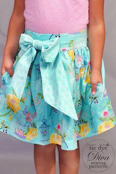 Tie Dye Diva Patterns: Riley Blake Lulabelle Blog Tour and Inseam Pocket Tutorial