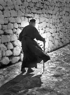 The monk - Patmos island by PhoS Sant Orthodox Prayers, Prayer For Family, Splash Photography, The Monks, Greek Quotes, Imagines, Black And White Pictures, Cool Baby Stuff, Holy Spirit