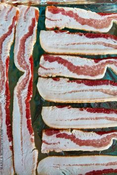 Pass- foil on pan, put in cold oven and turn on to 350 for twelve mins and then up to 400 fir 2-3 mins How to: Perfectly Baked Bacon   FamilyFreshCooking.com