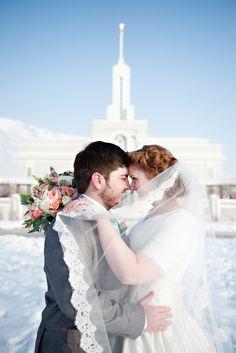 mt timpanogos winter wedding utah wedding flowers calie rose kristina curtis photography
