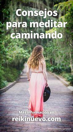 Aprende a meditar mientras das un paseo o caminas hacia cualquier lugar con estos consejos en la voz de nuestro amigo Maestro de Luz. Escúchalos en: http://www.reikinuevo.com/consejos-para-meditar-caminando/