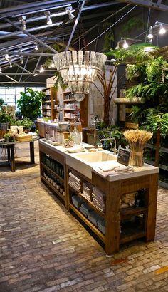 Terrain in westport garden shop, garden cafe, store fronts, store design, f Café Design, Store Design, House Design, Design Shop, Flower Shop Design, Shop Counter, Garden Shop, Store Displays, Kitchen Styling