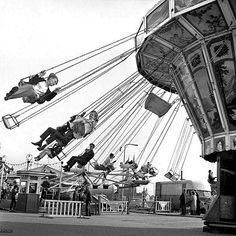 Good Old Times, The Good Old Days, Vintage Photography, Street Photography, Black White Photos, Black And White, The Unforgettable Fire, Amusement Park Rides, Circle Of Life