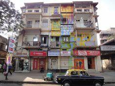 25 dec 2009 - Navroji Building - 101 LJ Road - Mumbaï - India : Streetlifel!  Drole de delire de ce retrouver avec Jon au bout du monde en ce jour de Noël, à peindre une façade d'imeuble en plein coeur de bombay, à defaut de reveillon ça sera klaxon et pollution par 35°...  Nolimit...156AllStarz! | psyckoze