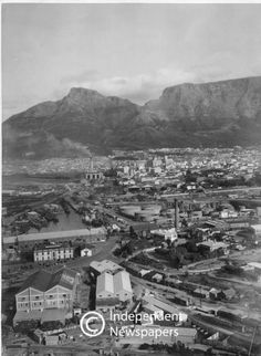 General view of the City Bowl, Cape Town Cape Town South Africa, Olympic Peninsula, Whale Watching, Vintage Photos, Paris Skyline, Foodie Travel, History, City, Table