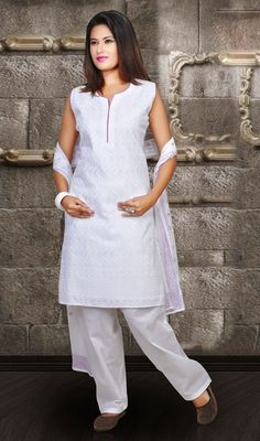 Traditional Off White Cotton Salwar Suit Price: Usa $81, British UK Pound £47, Euro60, Canada CA$ 86, Indian Rs4374.