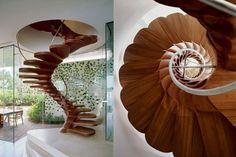 Scale interne, idee per la casa - Scala interna in legno disegnata da Jouin Manku #LovliGianna ...ipnotica!