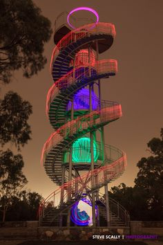 The Big DNA- Perth WA The huge staircase, adjacent to the Pioneer Womens' Hospital forms the appearance of a Double Helix of DNA and can be found in Kings Park which overlooks the CBD in Perth. Light Painting Photography, Artistic Photography, Travel Photography, Stairs And Staircase, Spiral Staircases, Dna Art, Kings Park, Color Me Beautiful, Stairway To Heaven