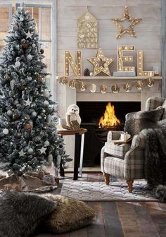 Ever seen a Christmas set up so gorgeous!? Home accessories are a must-have for a cosy festive haven. http://www.next.co.uk/g64670s2?crlt.pid=camp.N2SXIcMbfn2m