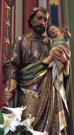 Joseph and baby Jesus Catholic Religion, Catholic Art, Catholic Saints, Roman Catholic, St Joseph, Religious Pictures, Mary And Jesus, Madonna And Child, Holy Family