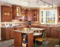 Cabinet color for kitchen project: Warm Maple stain  Key Interiors by Shinay: Tuscan Kitchen Ideas