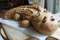 Dragon Bread! lol! I think I'll make some the next time my girls and I have our karate test! #dragon #bread