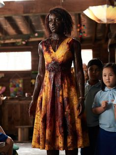 Lupita Nyong'o had so much fun fighting zombies, singing Taylor Swift in 'Little Monsters' — USA TODAY Scary Movies To Watch, Halloween Movies To Watch, Zombie Movies, Good Movies, Best Horror Movies List, Little Monsters Movie, Movie List, Movie Tv, Monster Usa