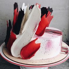 'Brushstroke' Cakes From Russia Are Taking Over Instagram
