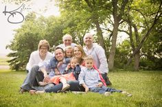 Family portraits  Southern Minnesota Family photographer www.kyleenolsonphotography.com