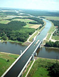 Canal navegável cruza (por cima!) rio alemão - Casa Vogue | Arquitetura