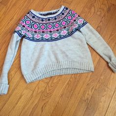 American eagle sweater Fair isle type sweater pattern, classic, warm, perfect with blue jeans, cotton knit American Eagle Outfitters Sweaters Crew & Scoop Necks