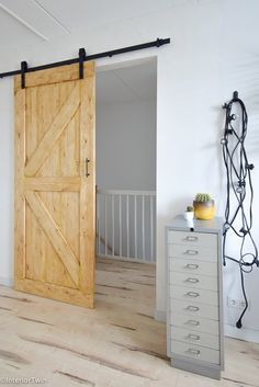 Step-by-step plan for making an industrial sliding door (budget-proof!) - Step-by-step plan for making an industrial sliding door (budget-proof! House Extension Design, House Design, House Extensions, Room Inspiration, Farmhouse Style, Tall Cabinet Storage, Master Bedroom, Sweet Home, New Homes