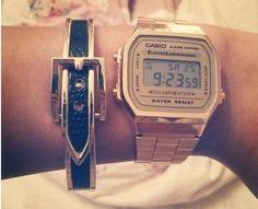 Casio retro horloge! Helemaal hip tegenwoordig! De prijs is trouwens ook erg retro! =)