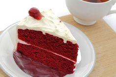 Κατακόκκινο, βελούδινο κέικ… Δηλαδή Red velvet cake!