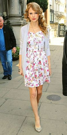 Thoughts and Updates from Clothes Hound: Street Style: Taylor Swift <3 Shop this look at @SPARKTREND, click the image to see! #outfits