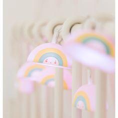 A Little Lovely Company | Lichterkette Regenbogen bunt bei Heldenkind kaufen | Heldenkind