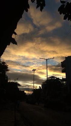 Aesthetic Eyes, Aesthetic Movies, Night Aesthetic, Nature Aesthetic, Travel Aesthetic, Aesthetic Pictures, Pretty Sky, Beautiful Sky, Tumblr Photography