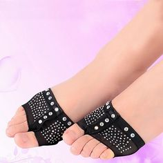 1 pair Belly Ballet Dance Bright drilling Toe Pad Practice Shoe Foot Thong  Care Tool Half 189fa775271e